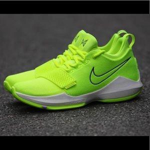 Nike PG1 tennis ball size 10